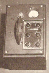 A radiation survey device of the sort produced during World War II by the Victoreen Instrument Company in Cleveland, in collaboration with the University of Chicago scientists.